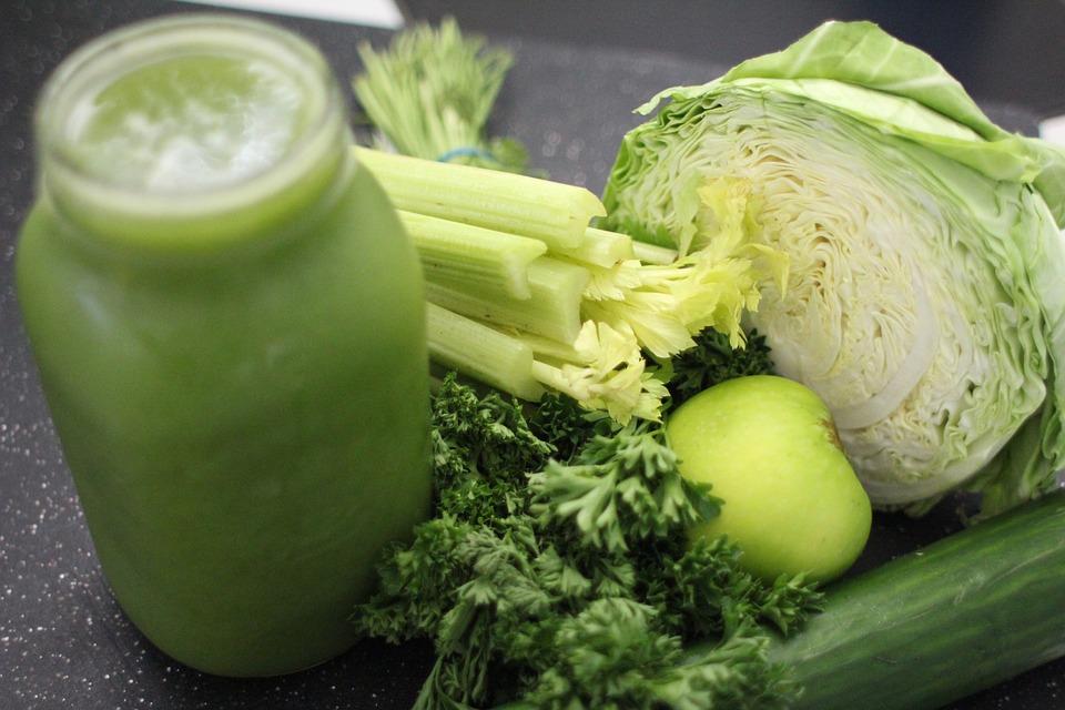Shujsevalni-zeleni-smoothie_2